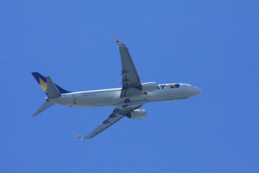 城南島海浜公園からの飛行機その4