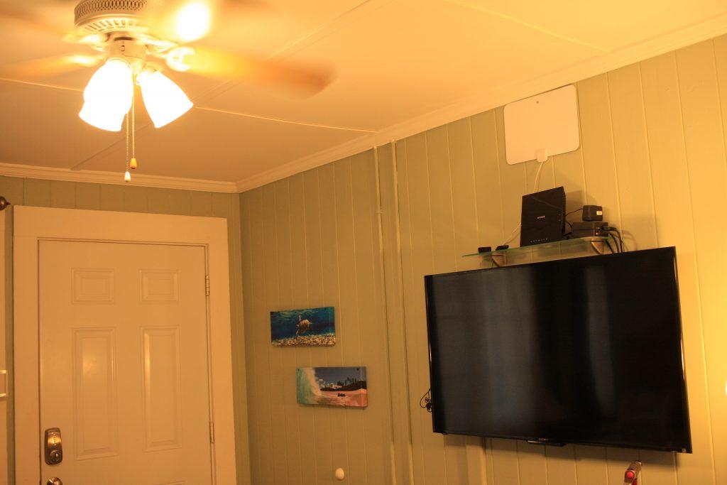 テレビと玄関