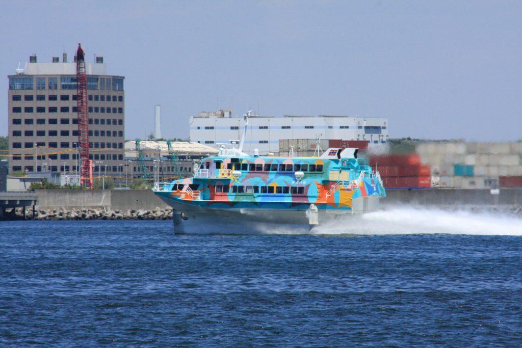 城南島海浜公園からの船その1