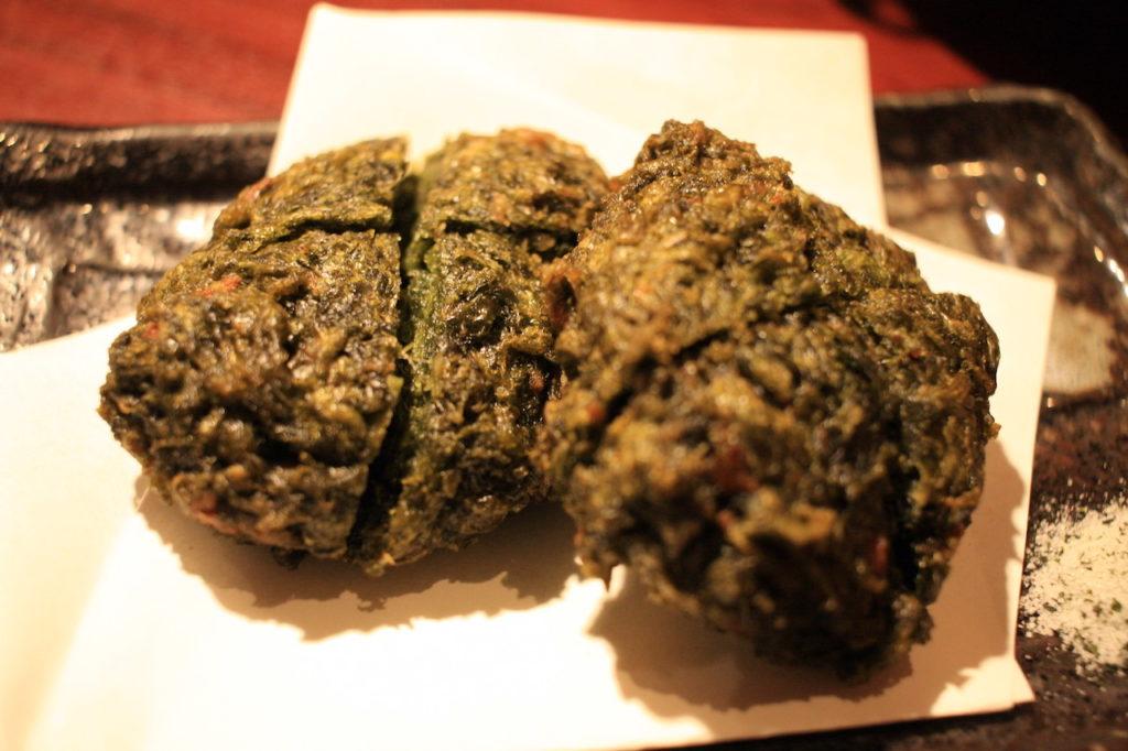 沖縄料理屋竹富島のアーサの天ぷら