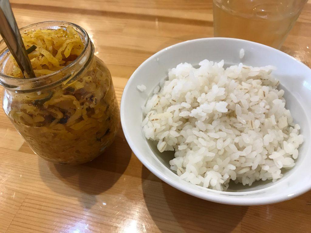 瀬佐味亭の麦ご飯