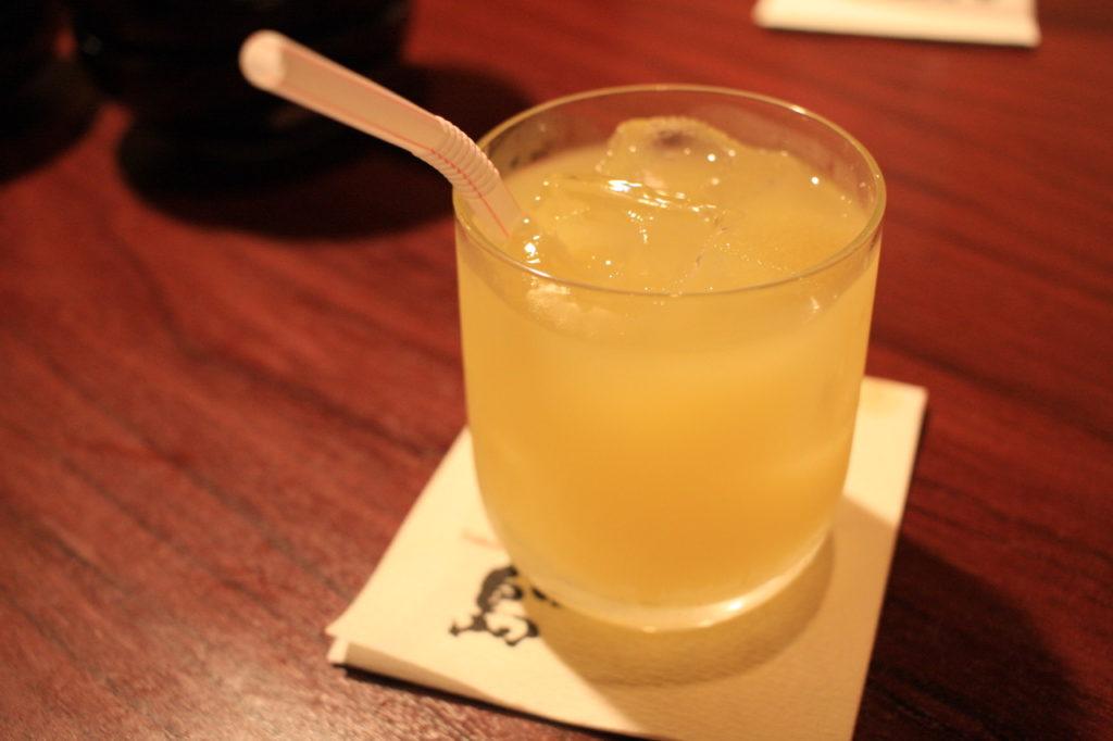 沖縄料理屋竹富島のシークワーサージュース