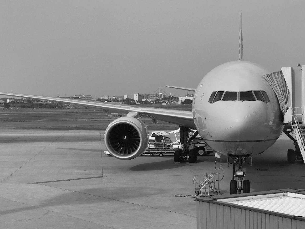 前向きに明るい未来を語れる素晴らしい仲間がいる☆10年経っても変わらぬ飛行機への想いと夢