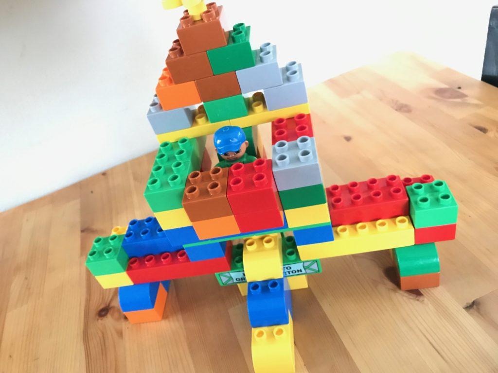 次男作のブロック
