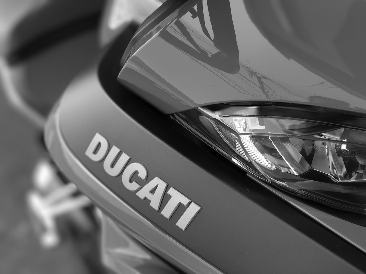 ムルティストラーダ1200Sのエンジンが100℃越え、、、真夏に跨って走れるのか?!