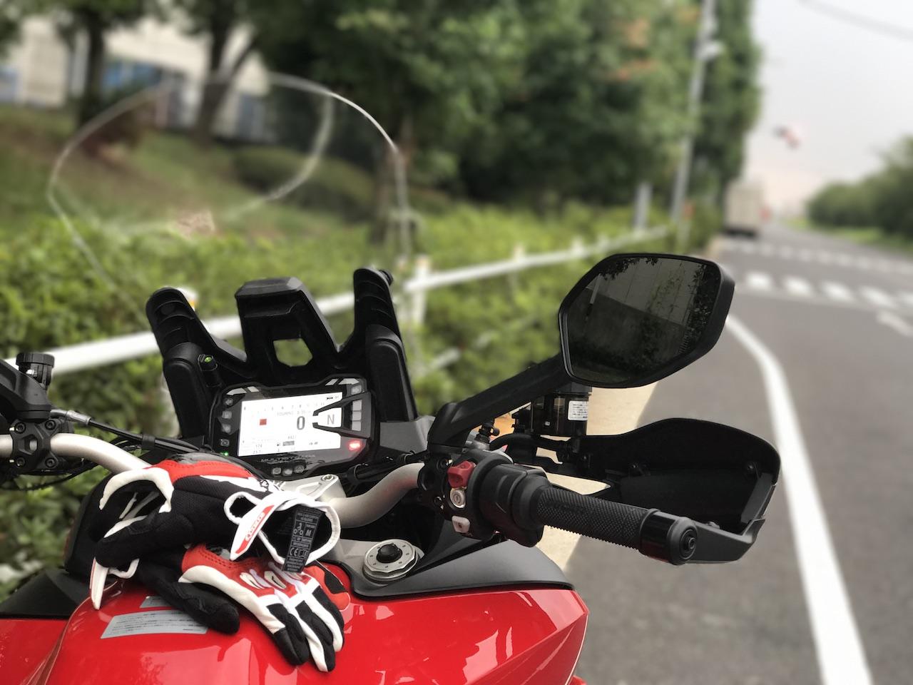 Sony HDR-AS300のアクションカメラをヘルメットにつけて走行映像を撮影してみたぞ!風切り音がすごい。。