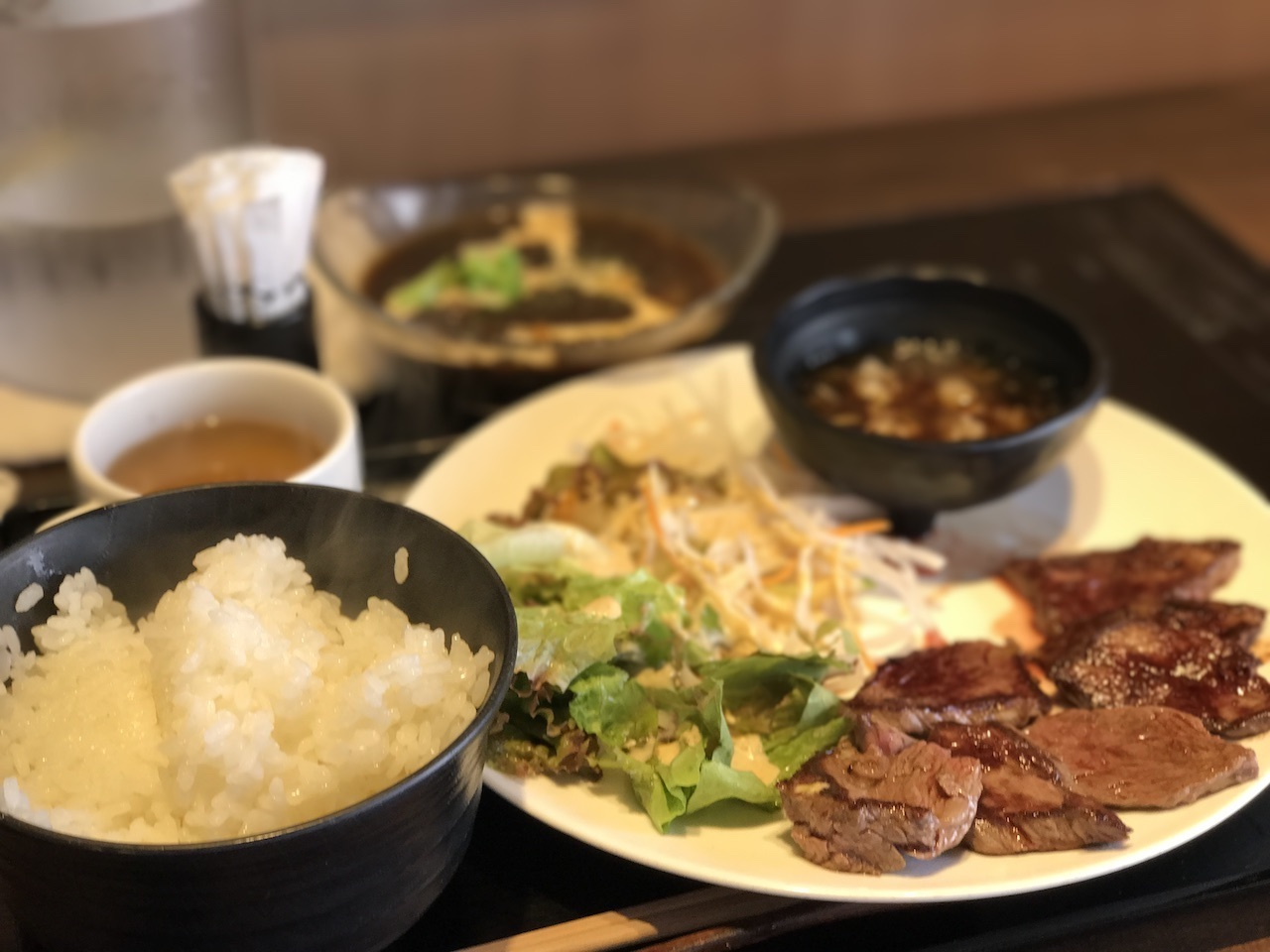 【肉バル ジュンタン@虎ノ門】シチューとハラミステーキで大満足!