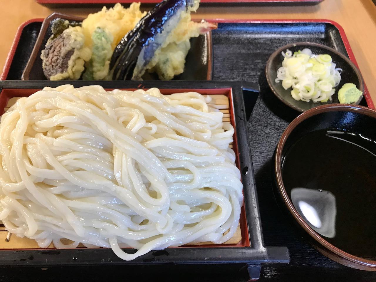 【うどんそば・萬屋(まんや)@銚子市猿田町】天ぷらもりうどんがかなり美味しくておすすめ!
