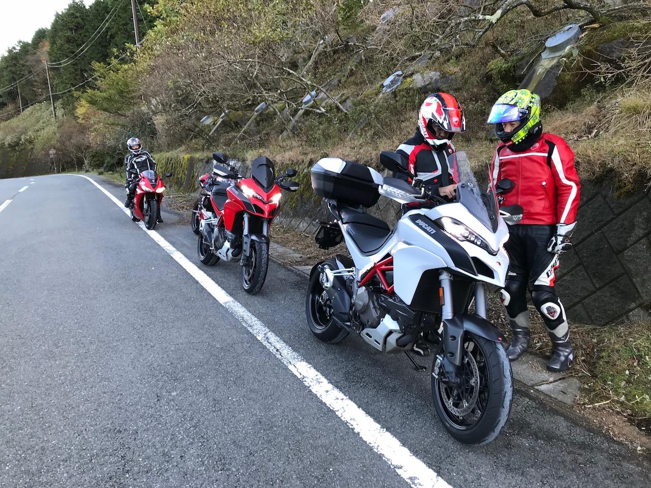 『紅白ムルティストラーダ1200S』で伊豆日帰りグルメツーリング!伊豆スカ最高!