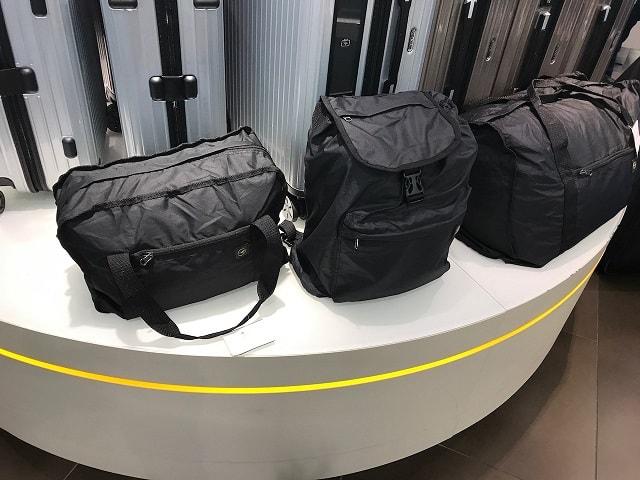 フランクフルト空港のルフトハンザショップにあるおすすめのバッグ