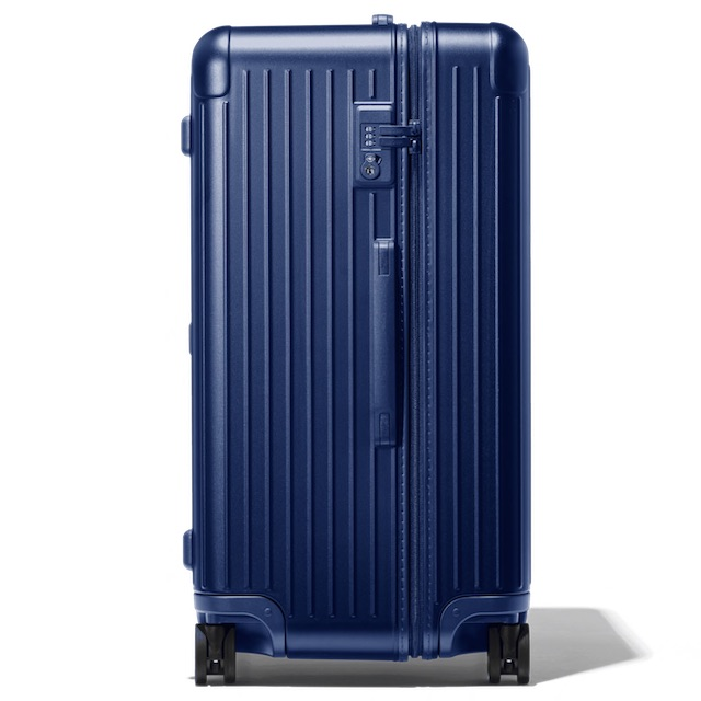 rimowa_essential_trunk_outside_side